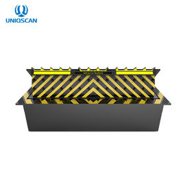 120 Tons Passing Pressure Hydraulic Road Blocker With Spray Anti - Rust Paint